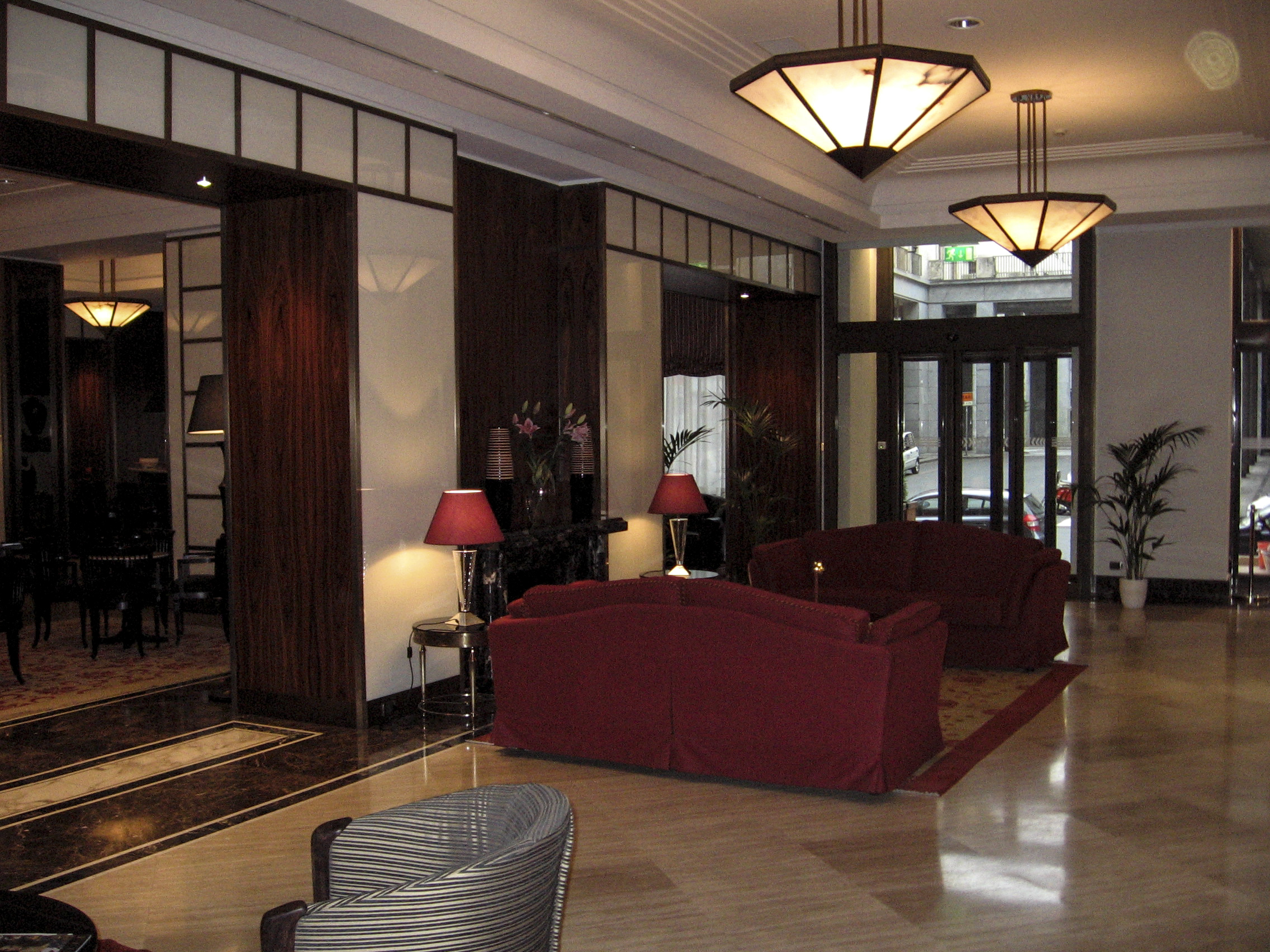Milgem lavorazione marmi e graniti luxury hotels for Designhotel turin