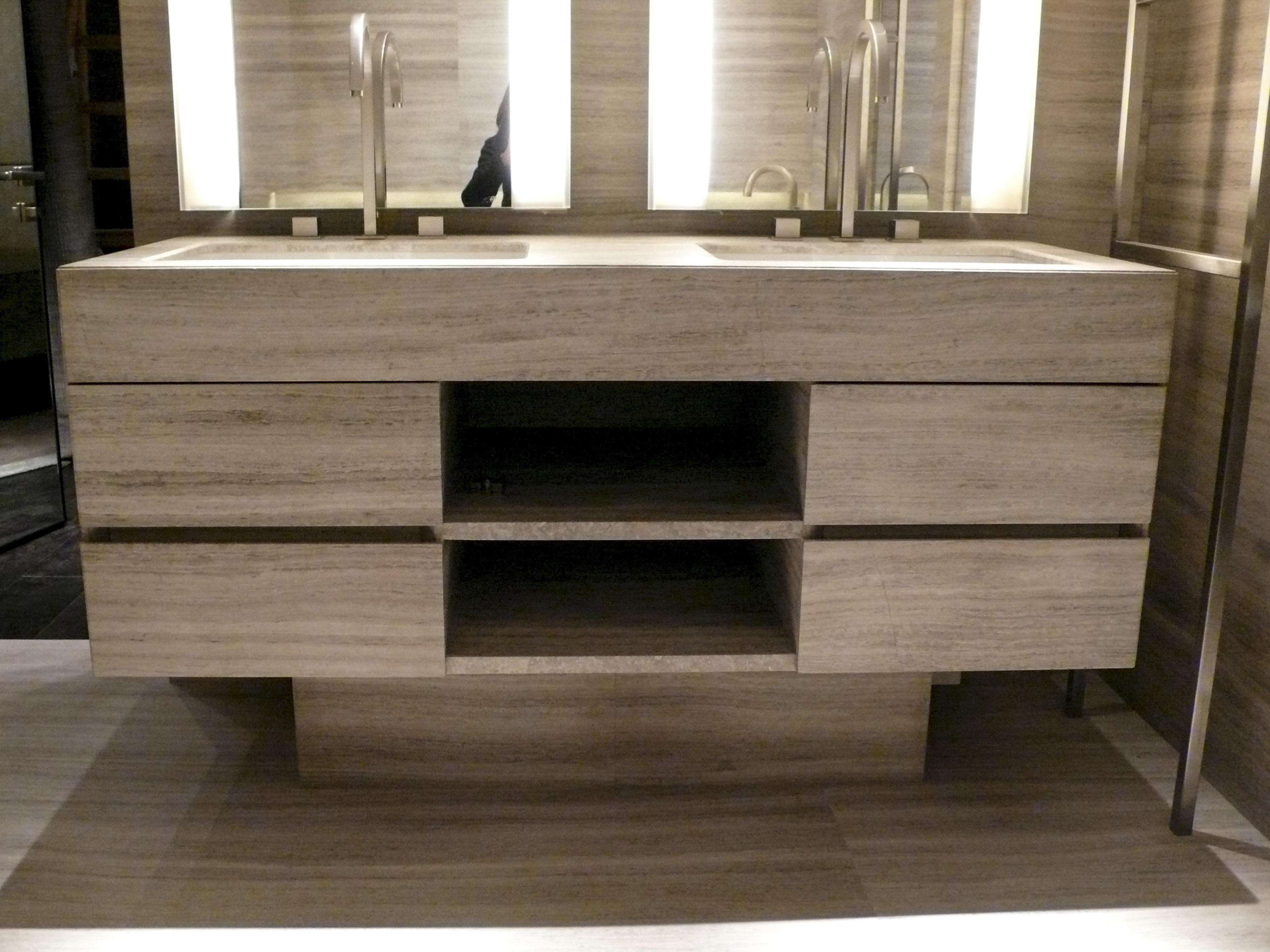 rev tement meuble en striato l gant milgem. Black Bedroom Furniture Sets. Home Design Ideas